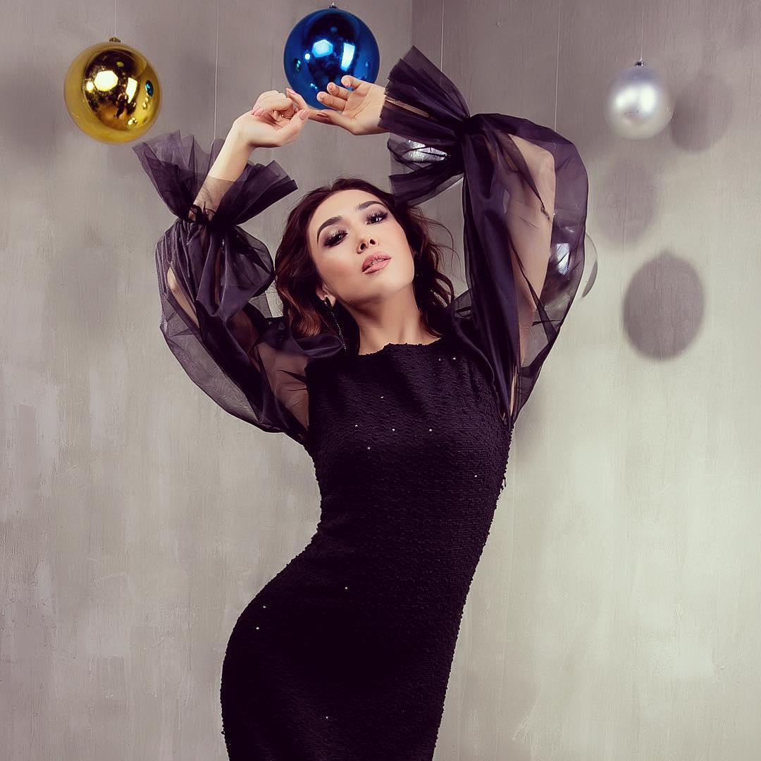Photo of «Санымды ұстағанда қысылдым» – Ғани Құлжановтың ашынасын сомдаған актриса