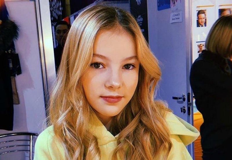 Photo of Данэлия Тулешова расплакалась, рассказывая о родителях (видео)