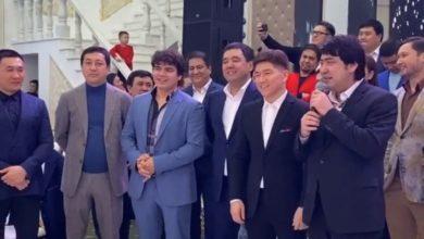 Photo of «Сәкендей дос берген Аллаға рахмет!» Мейрамбек Бесбаев Майғазиевтің 45 жасын ерекше құттықтады