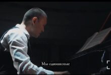 Photo of Данияр Жұмаділов «Біз бірдейміз» әнін 10 тілде орындады